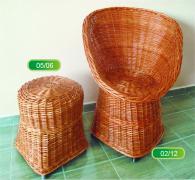 Комплект стол и табуретка от ракита